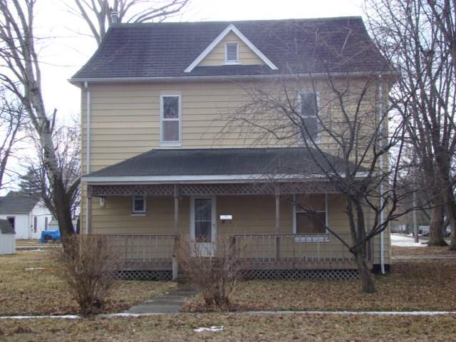 525 W Chestnut St, Mason City, IL 62664