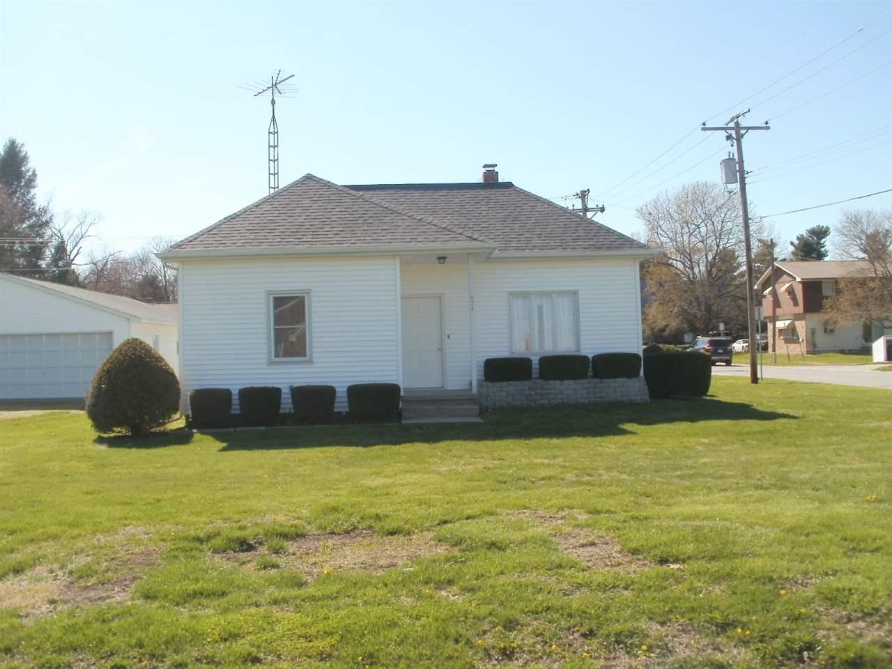 Photo of 532 N Garden Street  Mt Pulaski  IL
