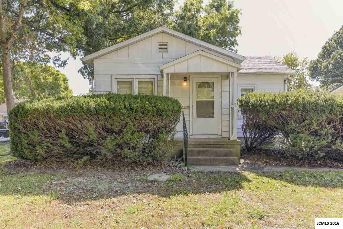 Photo of 703 12th Street  Lincoln  IL