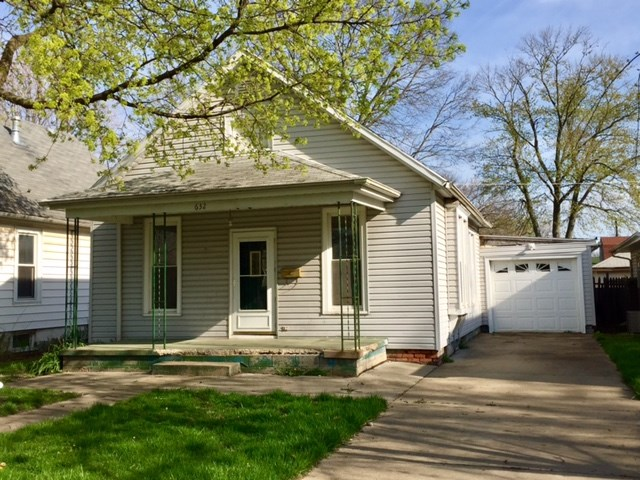 Photo of 632 7th Street  Lincoln  IL