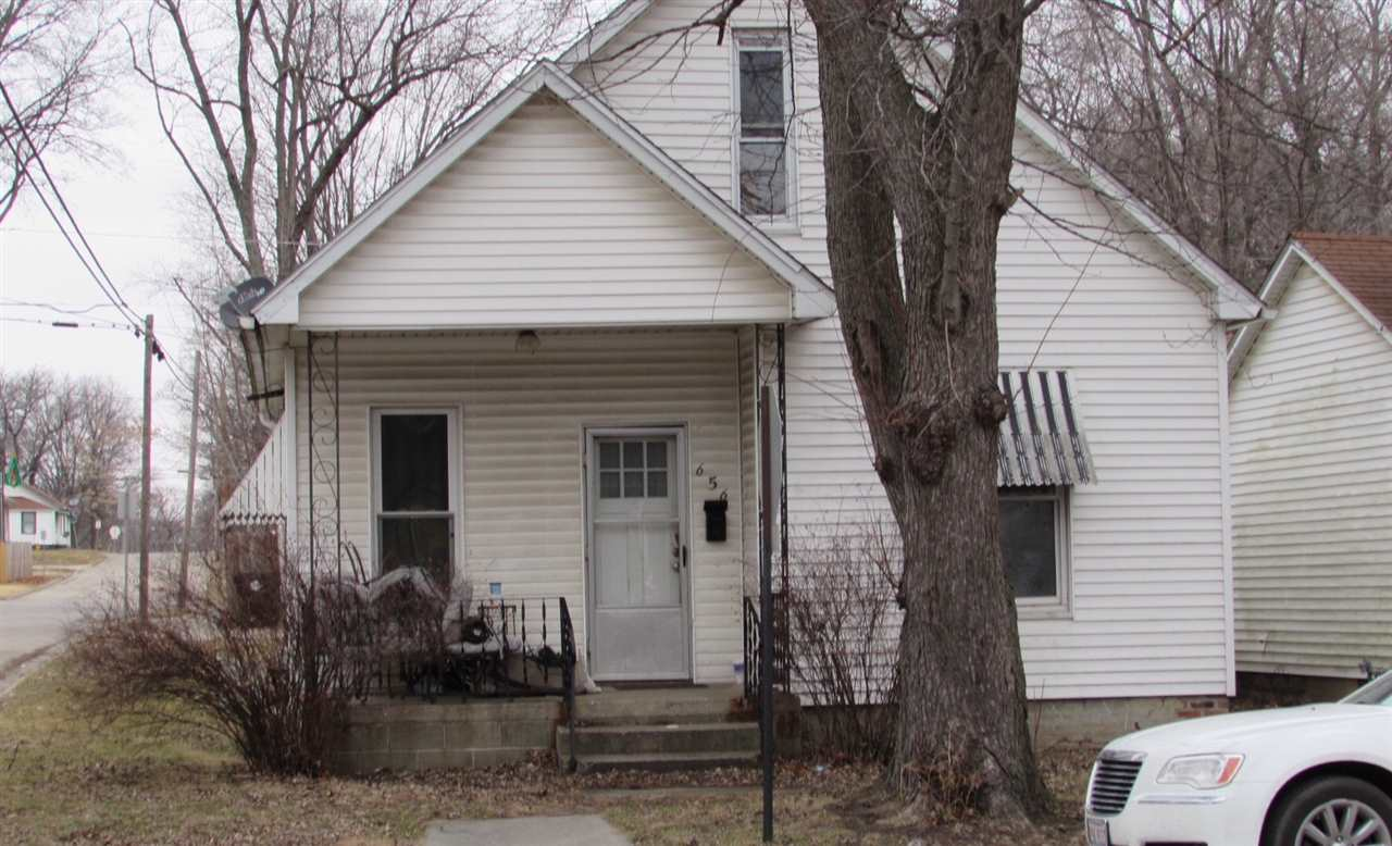 Photo of 656 4th Street  Lincoln  IL