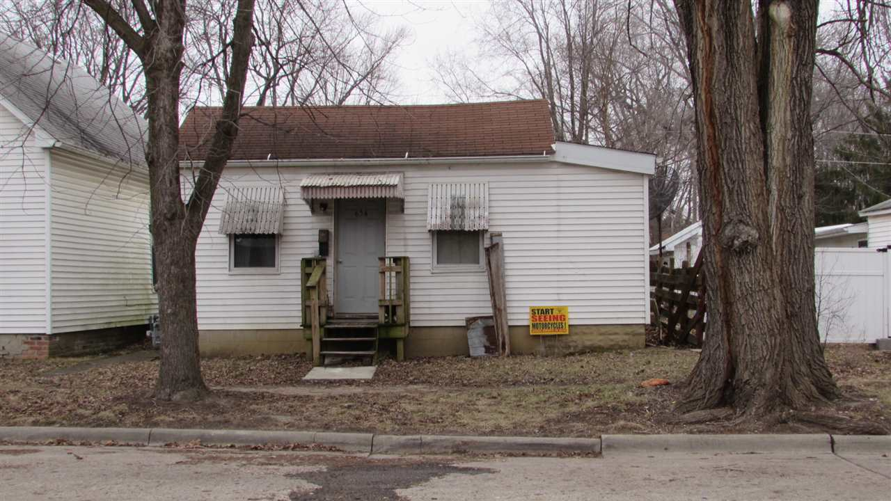 Photo of 654 4th Street  Lincoln  IL