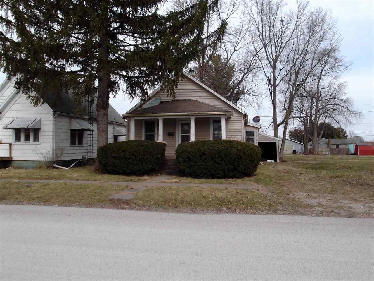 Photo of 1316 Delavan Street  Lincoln  IL