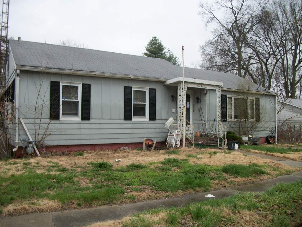 Photo of 219 N Elm Street  Lincoln  IL