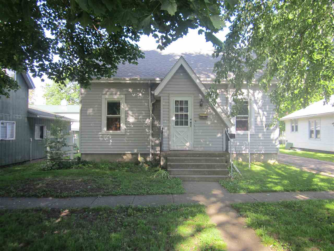 Photo of 321 N Morgan Street  Mason City  IL