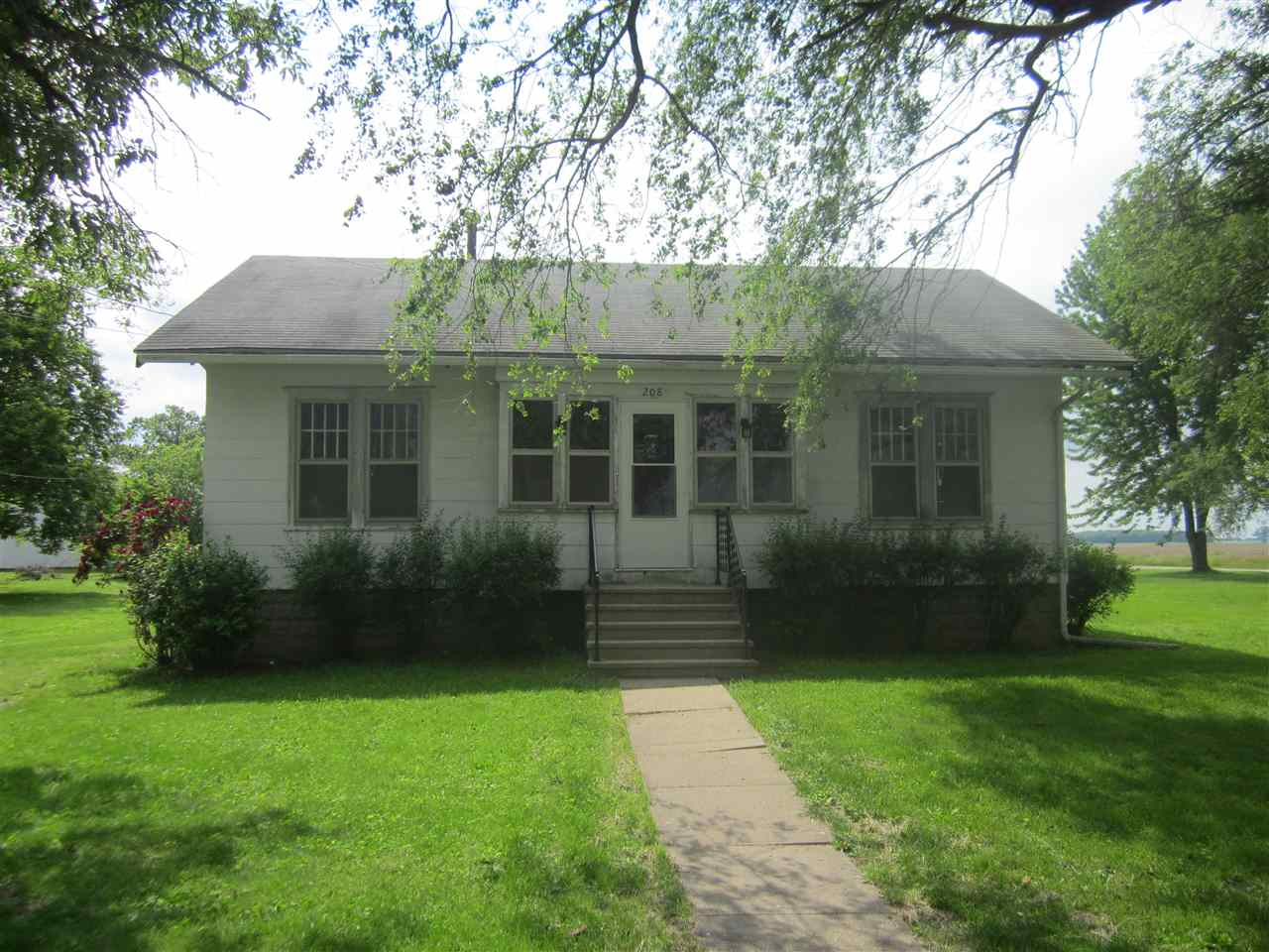 Photo of 208 N Hayes  Easton  IL