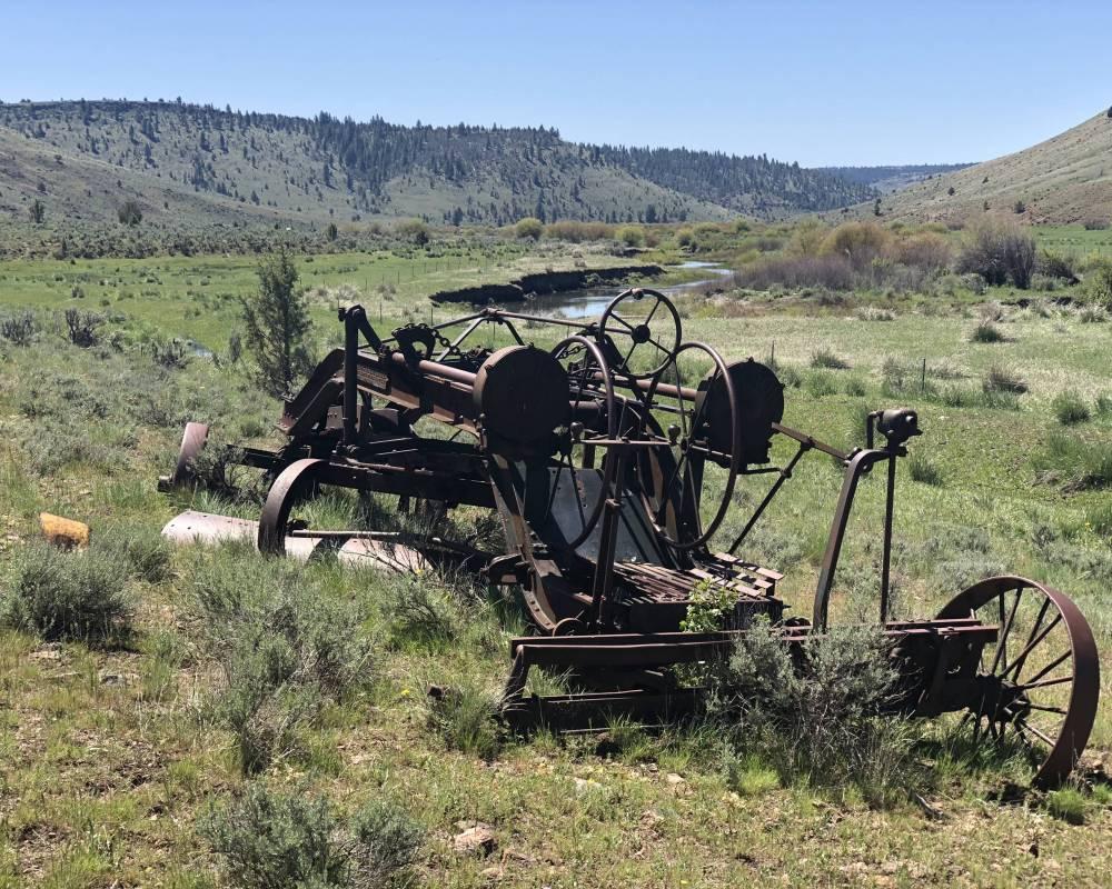 Lone Pine Road Burns, OR 97720