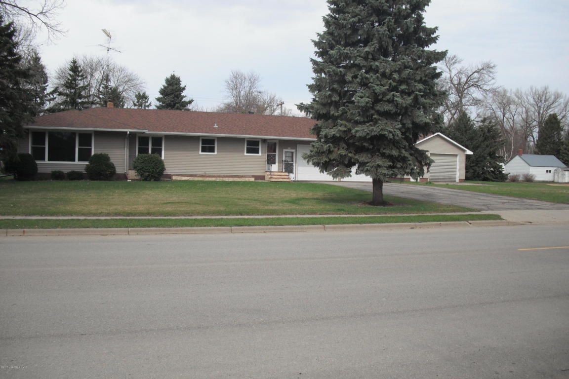 Photo of 616 State Highway 55  Wendell  MN