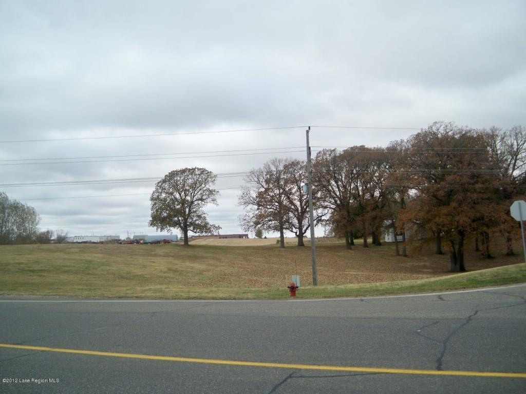 8 acres by Fergus Falls, Minnesota for sale