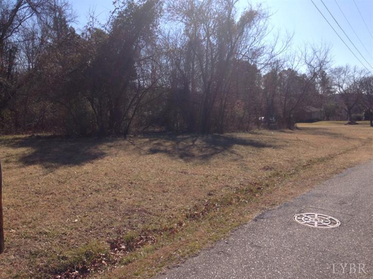 Image of Acreage for Sale near Altavista, Virginia, in Campbell county: 0.87 acres