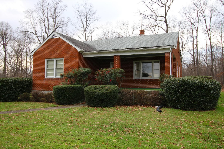 184 Ridgeway Rd, Brookneal, VA 24528