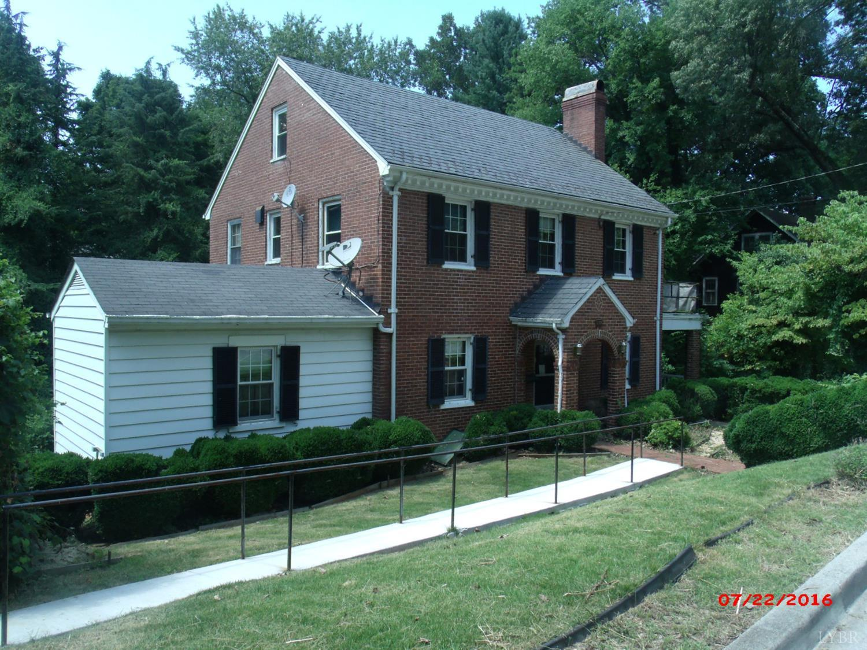 Photo of 233 South Princeton Circle  Lynchburg  VA