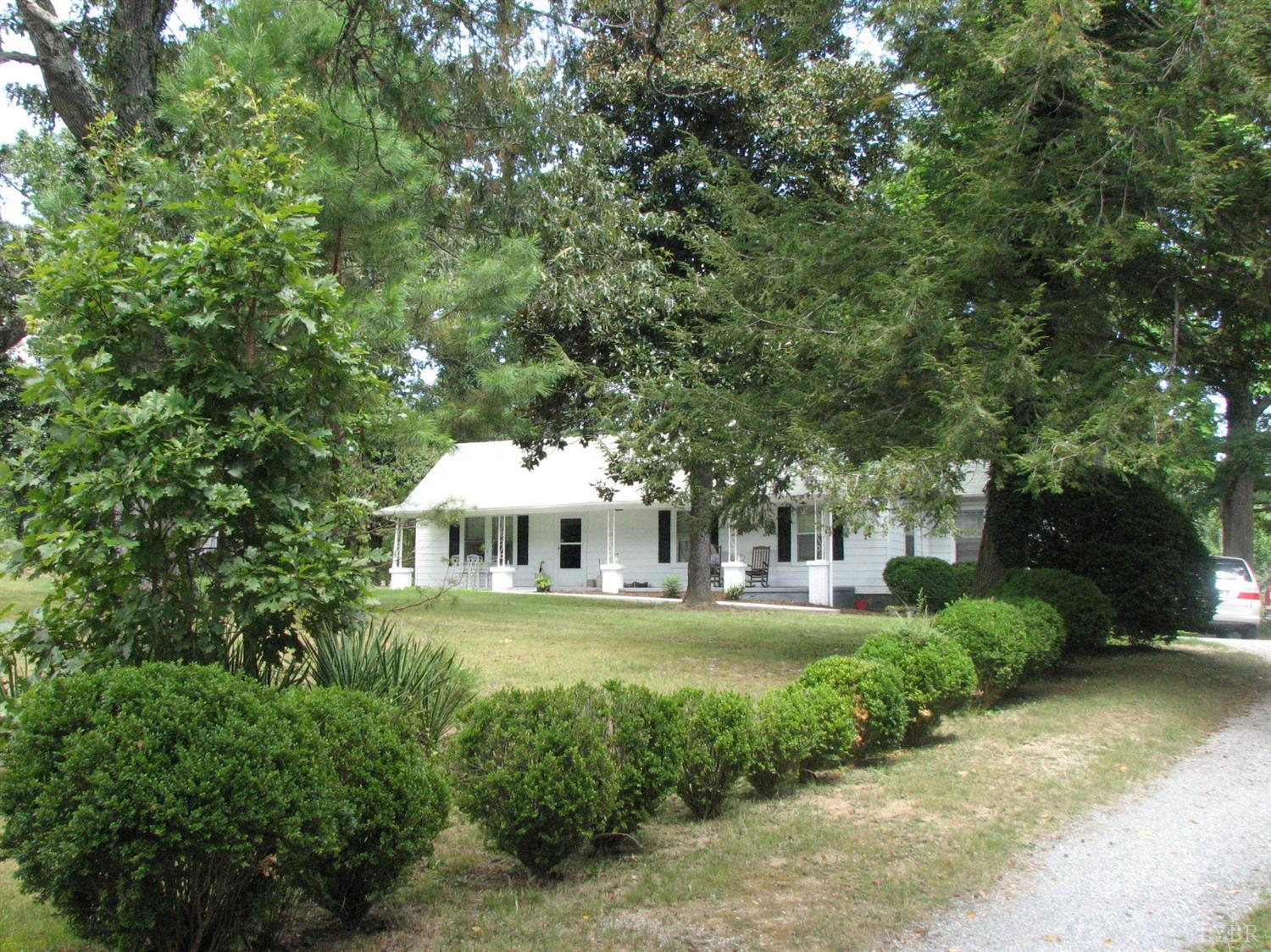 Photo of 12239 Leesville Road  Evington  VA