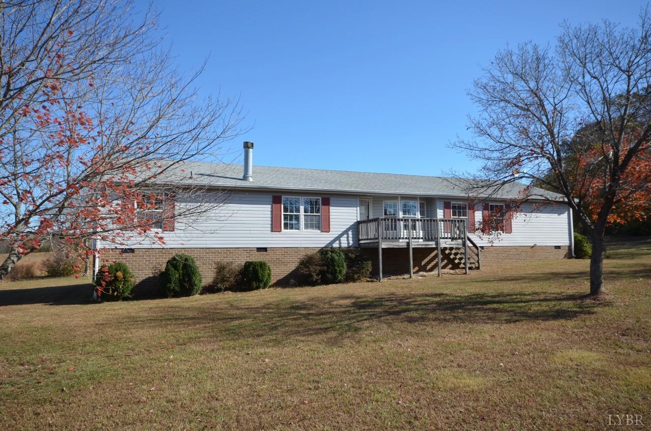 323 Hamlette Rd, Brookneal, VA 24528