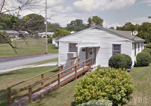 Bungalow, Single Family - Lynchburg, VA (photo 1)
