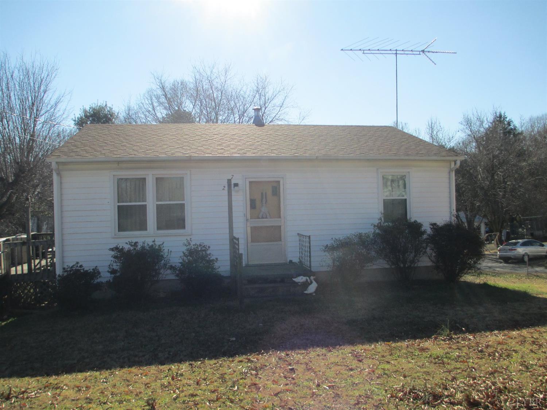 207 Hunter Road Brookneal, VA 24528