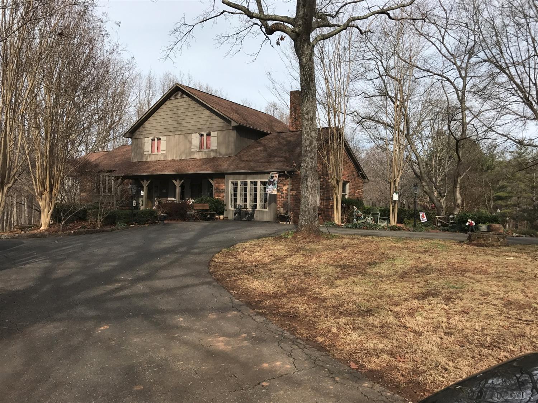 1509 Doss Rd, Concord, VA 24538