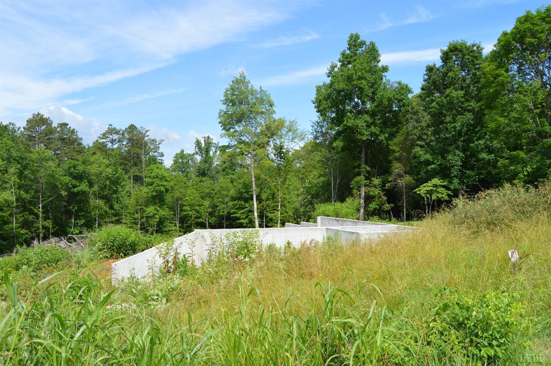 Photo of 28-Lot East Otter Ridge Drive  Goode  VA
