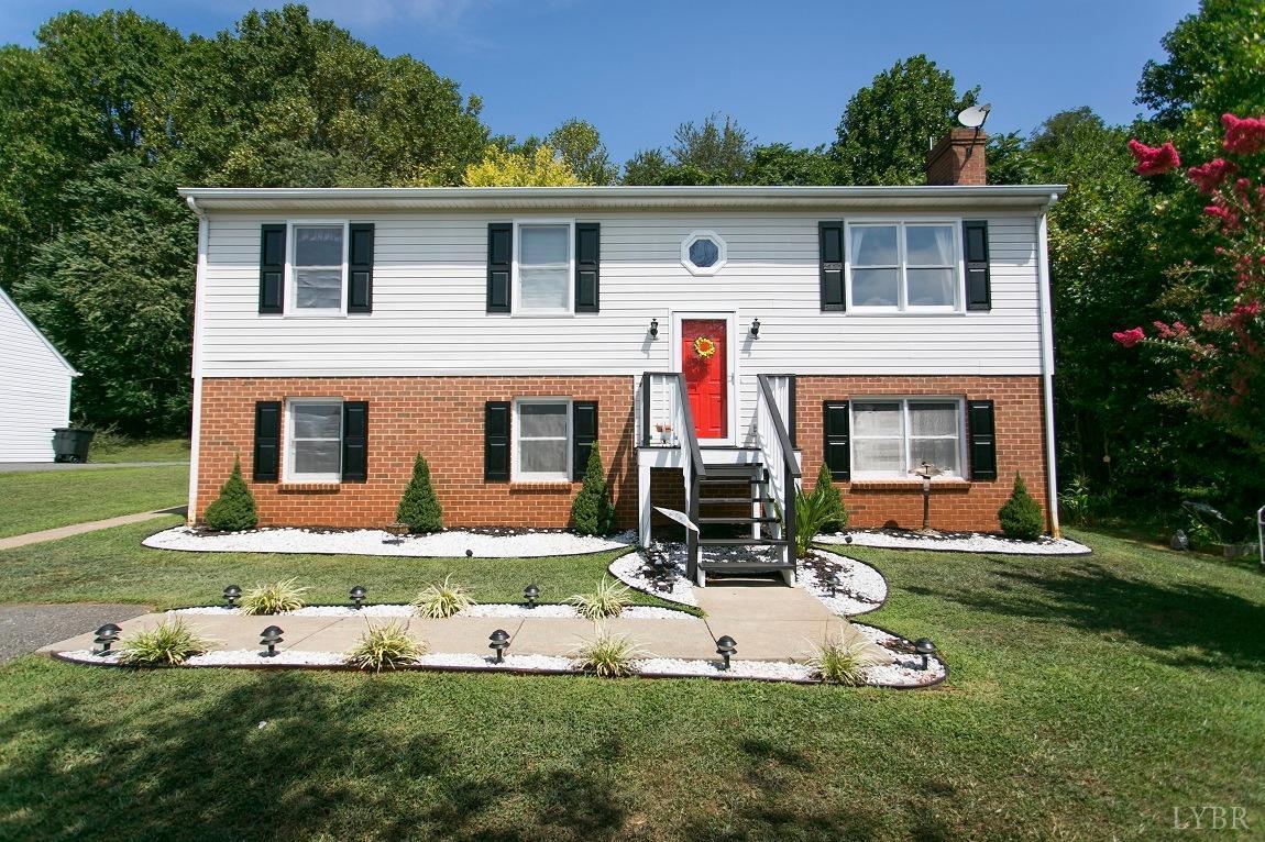 305 Cresthaven Terrace Evington, VA 24550