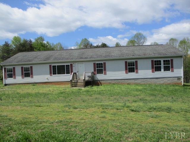 1094 Johnsons Lane, Smith Mountain Lake, Virginia