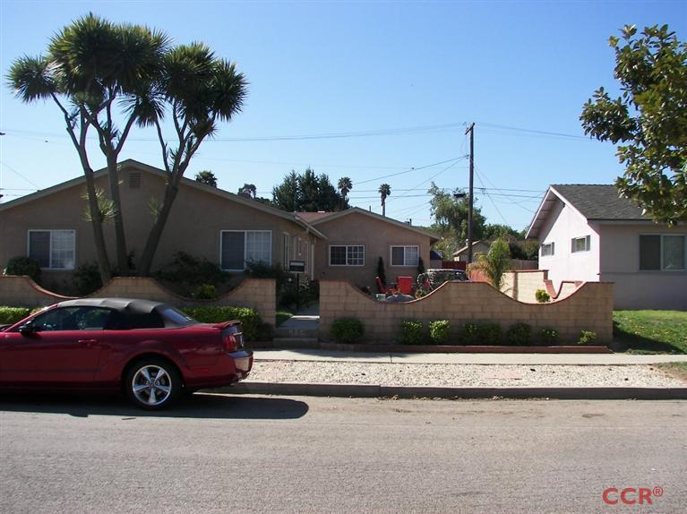 916 E Oak Ave, Lompoc, CA 93436