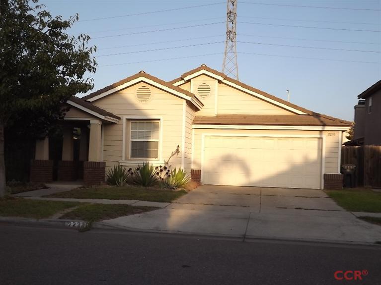 2230 Signal Ave, Santa Maria, CA 93458