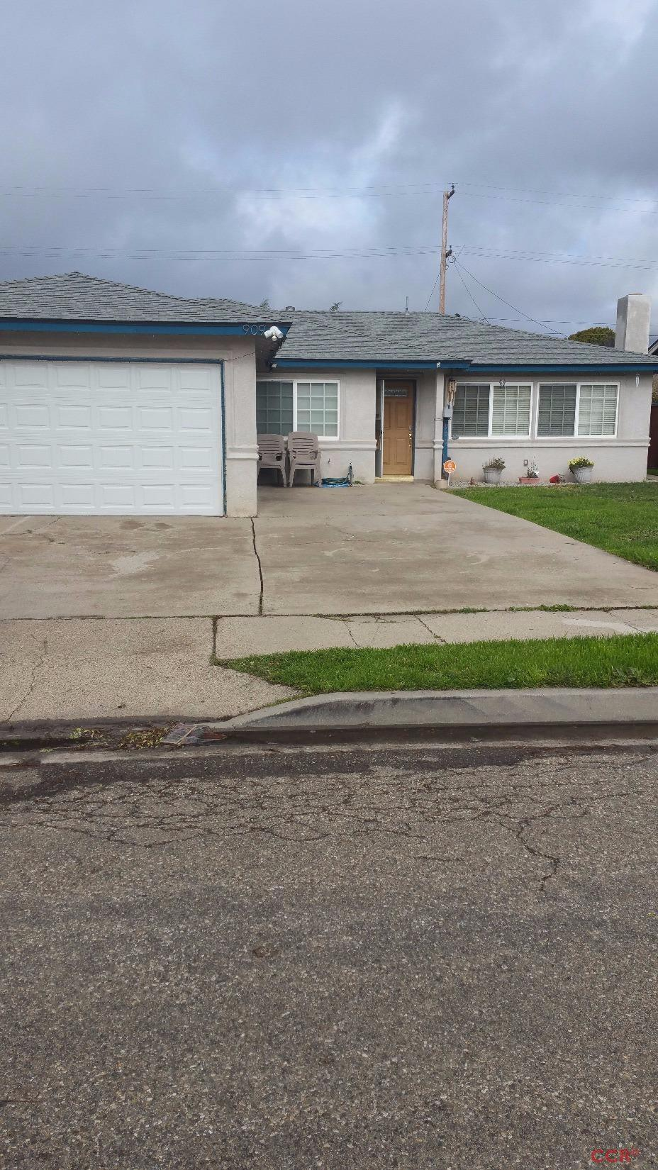 Photo of 909 West Apple Avenue  Lompoc  CA