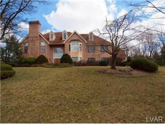 1809 Wood Hollow Ln, Allentown, PA 18103