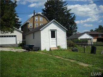 1361 Whitaker St, Hellertown, PA 18055
