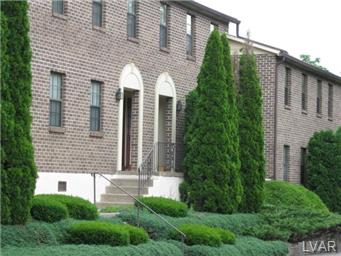 Rental Homes for Rent, ListingId:23386133, location: 400 Bridle Path Road Hanover Twp 18706