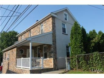 1129 Furnace St, Hellertown, PA 18055