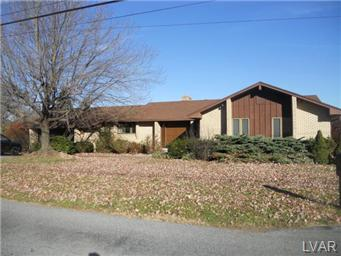 Rental Homes for Rent, ListingId:26002174, location: 3715 Huckleberry Road Allentown 18104