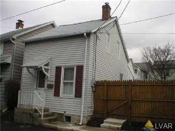 Rental Homes for Rent, ListingId:27051324, location: 1001 Crane Street Catasauqua 18032