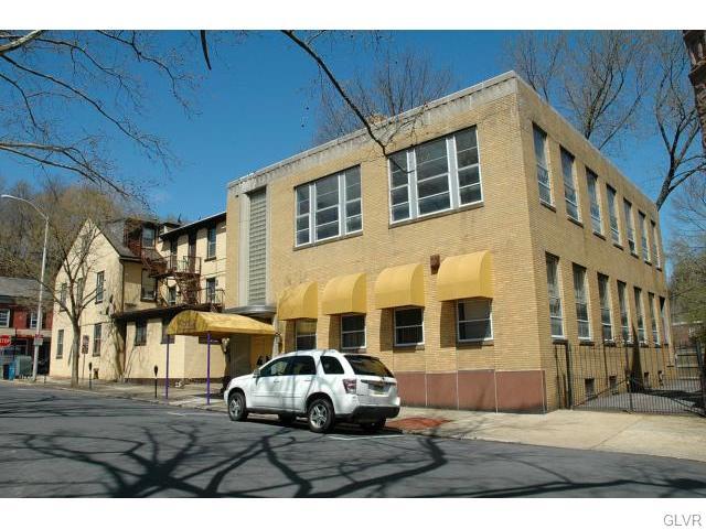 Real Estate for Sale, ListingId: 37041988, Easton,PA18042