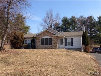Rental Homes for Rent, ListingId:29927526, location: 7623 Carlton Road Upper Saucon 18034