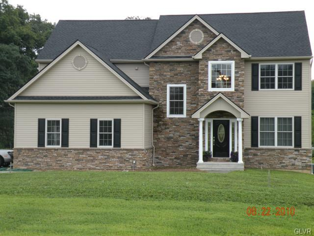 Colonial, Detached - Weisenberg Twp, PA (photo 1)