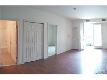 Rental Homes for Rent, ListingId:30287933, location: 2121 Hokendauqua Northampton 18067