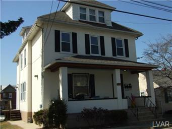 Rental Homes for Rent, ListingId:30293775, location: 1544 Burkhardt Street Hellertown 18055