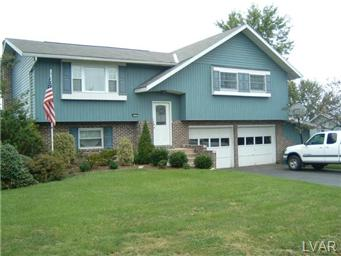 Rental Homes for Rent, ListingId:30568903, location: 1437 Oakcrest Lane Coplay 18037