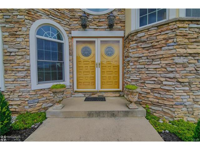 Traditional, Detached - Lowhill Twp, PA (photo 3)