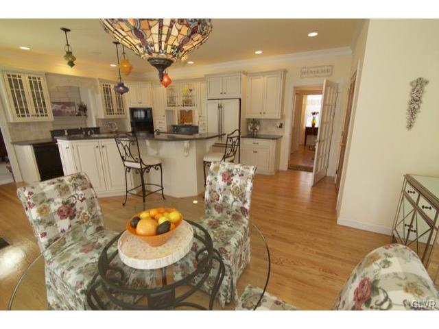 Traditional, Detached - Lowhill Twp, PA (photo 5)