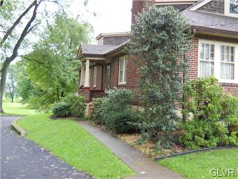 Rental Homes for Rent, ListingId:31199795, location: 2651 Northwood Avenue Palmer Twp 18045