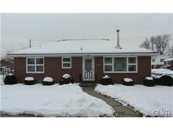 Rental Homes for Rent, ListingId:31607376, location: 1704 Englewood Street Bethlehem 18017