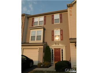 Rental Homes for Rent, ListingId:31852922, location: 4026 Clubhouse Court Upper Saucon 18034