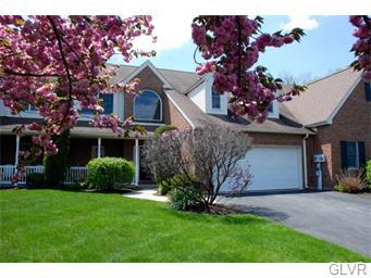Rental Homes for Rent, ListingId:33161643, location: 4658 Pinehurst Circle Upper Saucon 18034