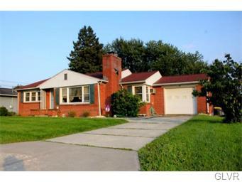 Rental Homes for Rent, ListingId:34469863, location: 46 East allen Street Nazareth 18064