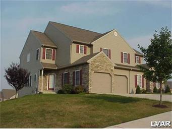 Rental Homes for Rent, ListingId:34475242, location: 8376 Scenic View Drive Breinigsville 18031