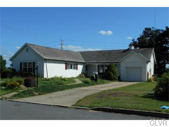 Rental Homes for Rent, ListingId:34562435, location: 4210 Briarcliff Road Allentown 18104
