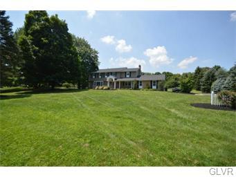 Rental Homes for Rent, ListingId:34606480, location: 3933 Azalea Road Allentown 18103