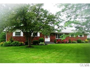Rental Homes for Rent, ListingId:34619066, location: 2700 Northview Avenue Palmer Twp 18045